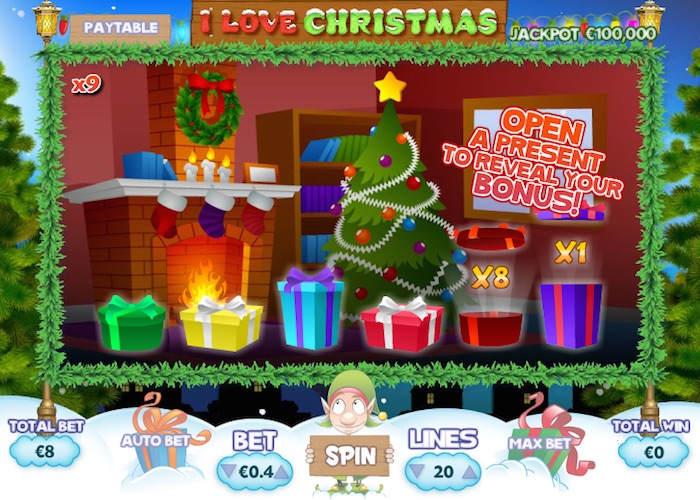 3 Presents Symbols will activate the I Love Christmas Bonus Game