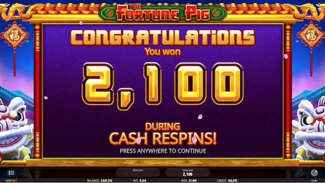 5 money bag symbols award 3 cash respins in Fortune Pig