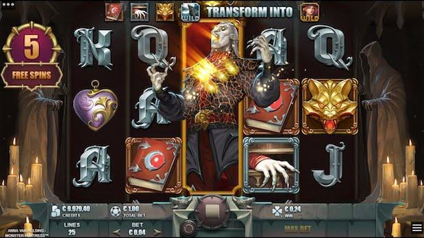 Anna Van Helsing Monster Huntress at 32 Red Casino