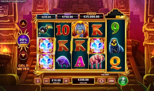 Gold pile Orangutan Slot at Betfred Casino
